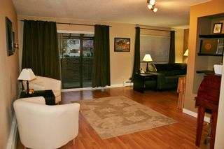 """Photo 11: 105 20420 54 Avenue in Langley: Langley City Condo for sale in """"RIDGEWOOD MANOR"""" : MLS®# R2044420"""