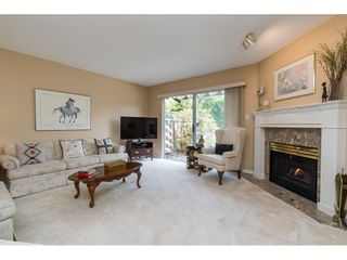 """Photo 3: 133 16275 15 Avenue in Surrey: King George Corridor Townhouse for sale in """"Sunrise Point"""" (South Surrey White Rock)  : MLS®# R2387121"""
