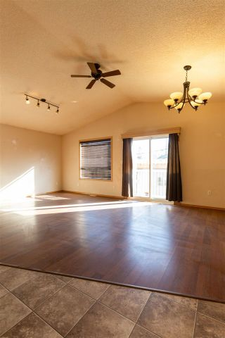 Photo 6: 12005 96 Street in Edmonton: Zone 05 House for sale : MLS®# E4233941
