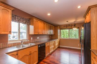 Photo 4: 23915 121 AVENUE in Maple Ridge: East Central House for sale : MLS®# R2279231