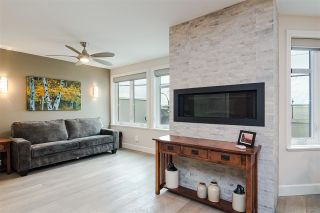 """Photo 16: 11 15563 MARINE Drive: White Rock Condo for sale in """"Oceanview Terrace"""" (South Surrey White Rock)  : MLS®# R2513794"""
