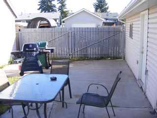 Photo 24: 207 PINECLIFF Way NE in Calgary: Pineridge Detached for sale : MLS®# A1032547
