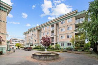 Photo 1: 107 689 Bay St in : Vi Downtown Condo for sale (Victoria)  : MLS®# 874219