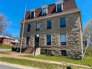 Photo 1: 28 Willow Street in Pictou: 107-Trenton,Westville,Pictou Commercial  (Northern Region)  : MLS®# 202111965
