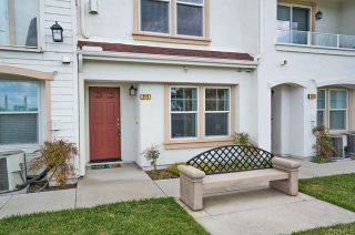 Photo 6: Townhouse for sale : 3 bedrooms : 825 Harbor Cliff Way #269 in Oceanside