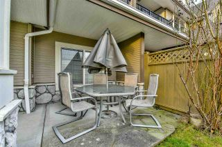 "Photo 3: 3 18181 68 Avenue in Surrey: Cloverdale BC Townhouse for sale in ""MAGNOLIA"" (Cloverdale)  : MLS®# R2141372"