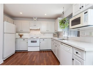 Photo 8: 101 1744 128 STREET in Surrey: Crescent Bch Ocean Pk. Townhouse for sale (South Surrey White Rock)  : MLS®# R2367189