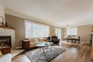 Photo 2: 5597 CURTIS Place in Sechelt: Sechelt District House for sale (Sunshine Coast)  : MLS®# R2617023