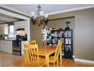 """Photo 6: 23899 119A Avenue in Maple Ridge: Cottonwood MR House for sale in """"COTTON/ALEXANDER ROBINSON"""" : MLS®# V946271"""