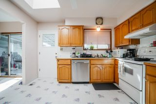 Photo 12: 2051 SHAUGHNESSY Street in Port Coquitlam: Mary Hill House for sale : MLS®# R2612601