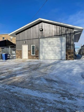 Photo 2: 121 South Railway Street in Balgonie: Commercial for sale : MLS®# SK837828