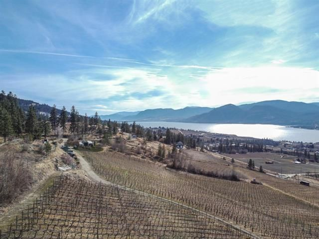Main Photo: 1415 SMETHURST Road, in Naramata: Agriculture for sale : MLS®# 189824