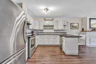 """Photo 10: 10 18960 ADVENT Road in Pitt Meadows: Central Meadows Townhouse for sale in """"MEADOWLAND VILLAGE"""" : MLS®# R2545154"""