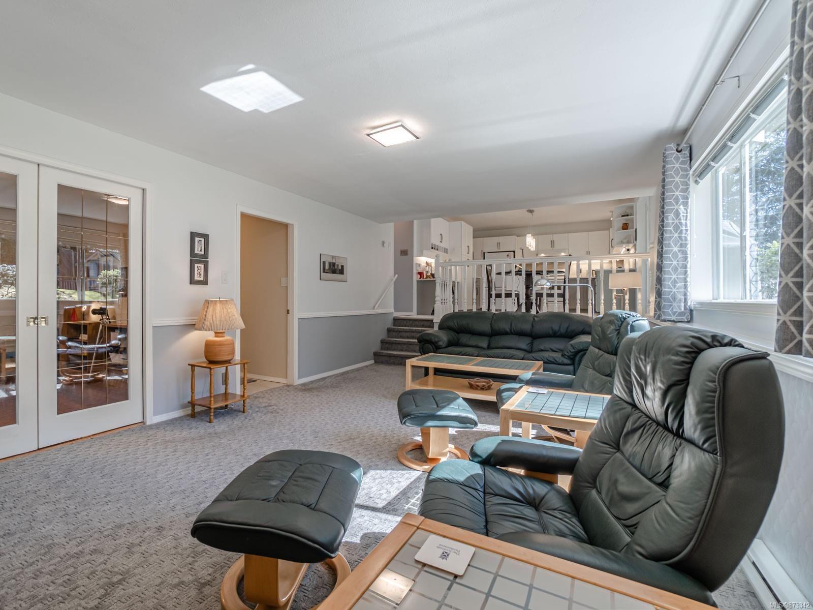 Photo 16: Photos: 5294 Catalina Dr in : Na North Nanaimo House for sale (Nanaimo)  : MLS®# 873342