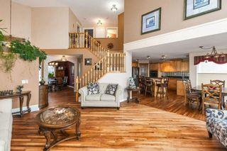 Photo 4: 57 ROYAL RIDGE Hill(S) NW in Calgary: Royal Oak House for sale : MLS®# C4145854
