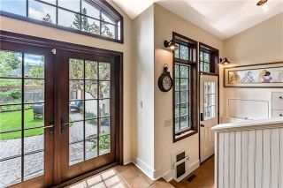 Photo 9: 527 Sunderland Avenue SW in Calgary: Scarboro Detached for sale : MLS®# A1061411