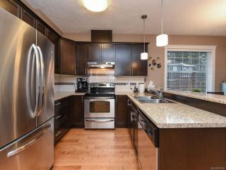Photo 4: 13 2112 Cumberland Rd in COURTENAY: CV Courtenay City Row/Townhouse for sale (Comox Valley)  : MLS®# 831263