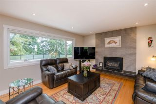 Photo 3: 357 SEAFORTH CRESCENT in Coquitlam: Central Coquitlam House  : MLS®# R2386072