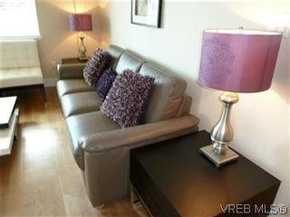 Photo 3: 314 21 Conard St in : VR Hospital Condo for sale (View Royal)  : MLS®# 569642