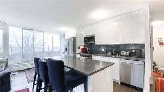 """Photo 5: 404 31 ELLIOT Street in New Westminster: Downtown NW Condo for sale in """"Royal Albert"""" : MLS®# R2535793"""