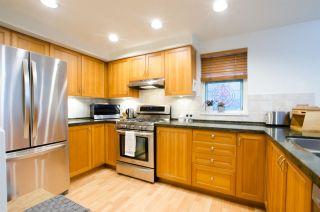 Photo 6: 1672 GRANT Street in Vancouver: Grandview Woodland Townhouse for sale (Vancouver East)  : MLS®# R2430488