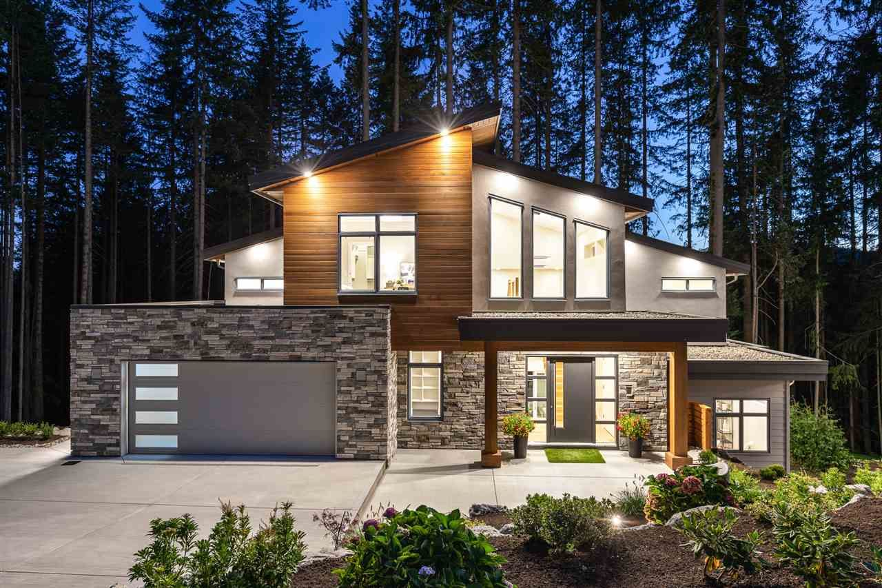 """Main Photo: 1510 CRYSTAL CREEK Drive in Port Moody: Anmore House for sale in """"CRYSTAL CREEK"""" : MLS®# R2498513"""