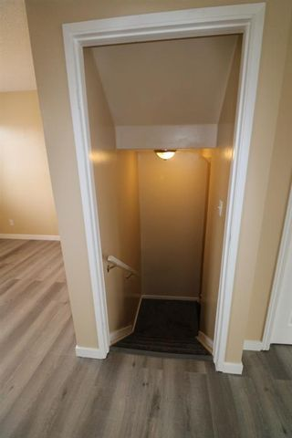 Photo 9: 80 Martinbrook Road NE in Calgary: Martindale Detached for sale : MLS®# A1092833