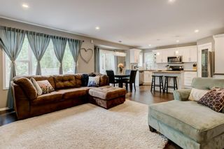 Photo 13: 324 Cresthaven Place SW in Calgary: Crestmont Detached for sale : MLS®# A1118546