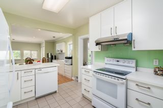 Photo 11: 5808 HOLLAND Street in Vancouver: Southlands House for sale (Vancouver West)  : MLS®# R2612844