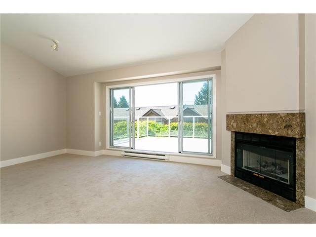 Photo 8: Photos: 1 241 E 4TH Street in North Vancouver: Lower Lonsdale Townhouse for sale : MLS®# V1062566