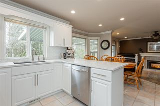 """Photo 7: 34918 EVERSON Place in Abbotsford: Abbotsford East House for sale in """"Everett Estates"""" : MLS®# R2436464"""