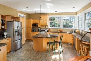 Photo 10: 19 South Turner St in Victoria: Vi James Bay House for sale : MLS®# 840297