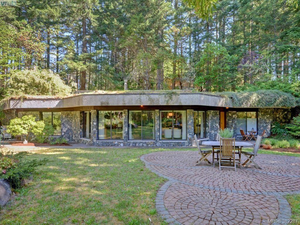Main Photo: 4440 Spellman Pl in VICTORIA: Me Neild House for sale (Metchosin)  : MLS®# 768054