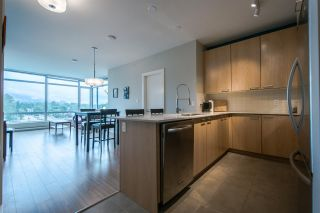 """Photo 3: 705 2789 SHAUGHNESSY Street in Port Coquitlam: Central Pt Coquitlam Condo for sale in """"The Shaughnessy"""" : MLS®# R2207238"""