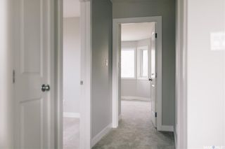 Photo 3: 705 33rd Street West in Saskatoon: Caswell Hill Residential for sale : MLS®# SK855512