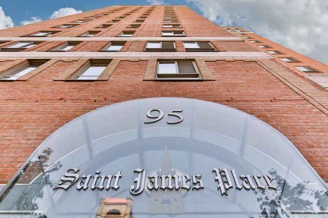 Main Photo: 95 Lombard St Unit #805 in Toronto: Church-Yonge Corridor Condo for sale (Toronto C08)  : MLS®# C3958963