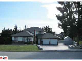 Photo 1: 19044 60B Avenue in Surrey: Cloverdale BC House for sale (Cloverdale)  : MLS®# F1105482