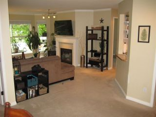 """Photo 4: 201 12088 66 Avenue in Surrey: West Newton Condo for sale in """"LAKEWOOD TERRACE"""" : MLS®# R2588884"""