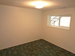 Photo 6: 615 HEMLOCK Avenue in Hope: Hope Center House for sale : MLS®# R2484356
