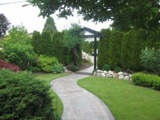 Photo 17: 15910 THRIFT Avenue: White Rock House for sale (South Surrey White Rock)  : MLS®# F1412517