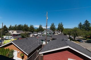 Photo 17: 1757 LAKEWOOD DRIVE in Vancouver: Grandview VE 1/2 Duplex for sale (Vancouver East)  : MLS®# R2096548