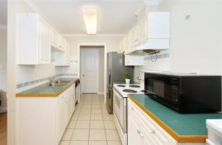 "Photo 4: 312 13775 74 Avenue in Surrey: East Newton Condo for sale in ""Hampton Place"" : MLS®# R2525944"