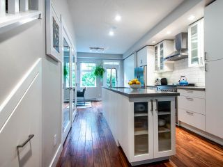 """Photo 12: 507 E 7TH Avenue in Vancouver: Mount Pleasant VE Townhouse for sale in """"Vantage"""" (Vancouver East)  : MLS®# R2472829"""