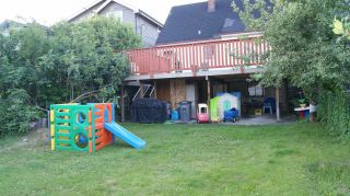 Photo 3: 2062 E 8TH Avenue in Vancouver: Grandview VE House for sale (Vancouver East)  : MLS®# R2181845