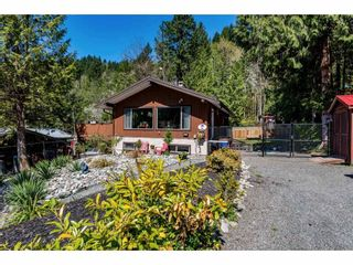 Photo 2: 50855 WINONA Road in Chilliwack: Chilliwack River Valley House for sale (Sardis)  : MLS®# R2570697