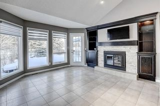 Photo 7: 864 SHAWNEE Drive SW in Calgary: Shawnee Slopes Detached for sale : MLS®# C4282551