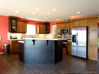 Photo 4: 2165 Varsity Dr in CAMPBELL RIVER: CR Willow Point House for sale (Campbell River)  : MLS®# 671435