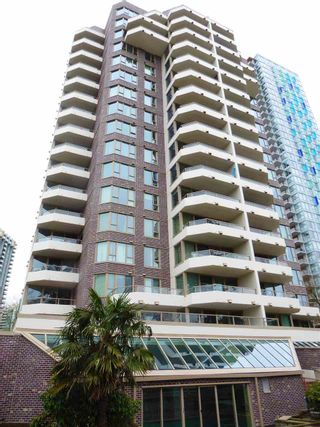 "Photo 19: 706 5790 PATTERSON Avenue in Burnaby: Metrotown Condo for sale in ""REGENT"" (Burnaby South)  : MLS®# R2445152"