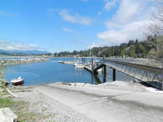 """Photo 38: 5157 RADCLIFFE Road in Sechelt: Sechelt District House for sale in """"Selma Park"""" (Sunshine Coast)  : MLS®# R2555636"""