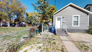 Photo 3: 383 Pacific Avenue in Winnipeg: House for sale : MLS®# 202121244